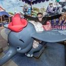'덤보' 커다란 귀를 펄럭이는 코끼리의 탄생기