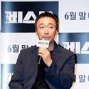 """여름 강자 이성민, """"숨도 안 쉬고"""" 연기한 신작 '비스트' 온다"""